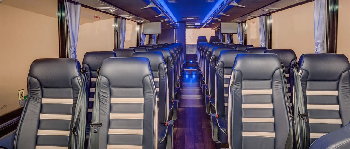 Blackbird New york Fleet Full-Size-Bus interior