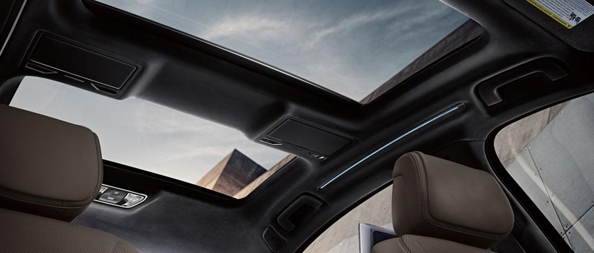 Premium-Sedan Audi-A8 interiors